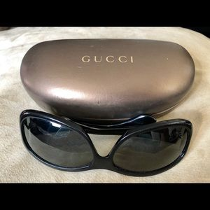 GUCCI SUNGLASSES AND CASE